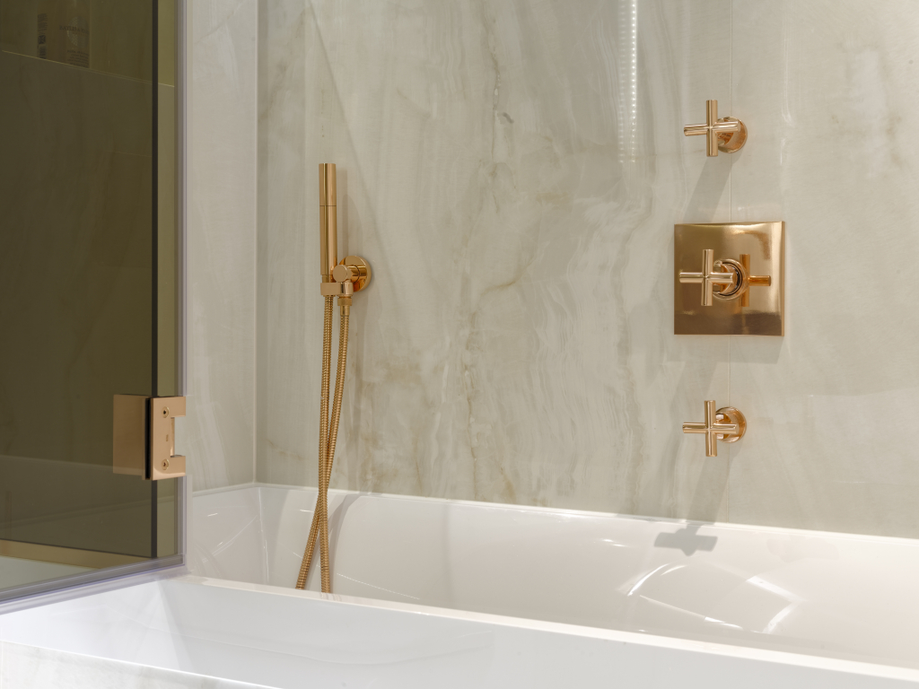 00072PL_SEC51_Sense_Wall_Mounted_Shower_Mixer_in_Polished_Copper