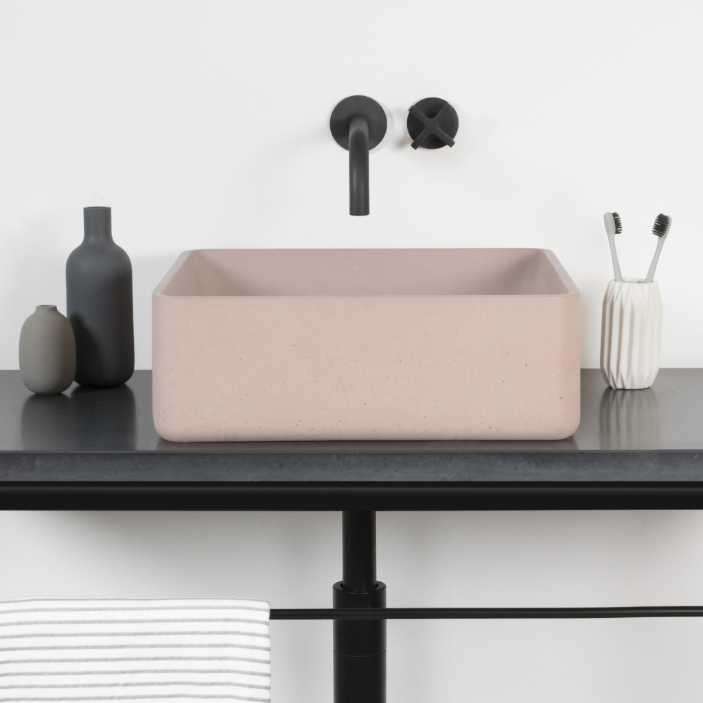 00115PL_LOC05_London_Wall_Mounted_Basin_Tap_in_Oil_Rubbed_Bronze