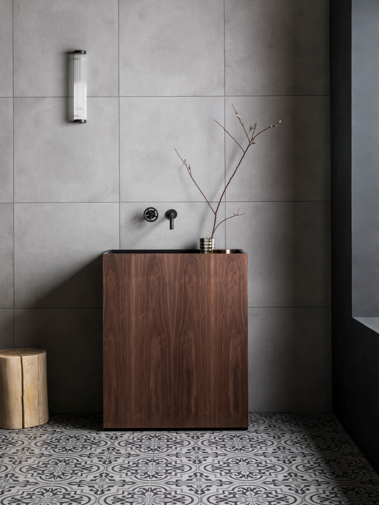 00267PL_BRO05_Brooklyn_Wall_Mounted_Basin_Tap_in_Oil_Rubbed_Bronze