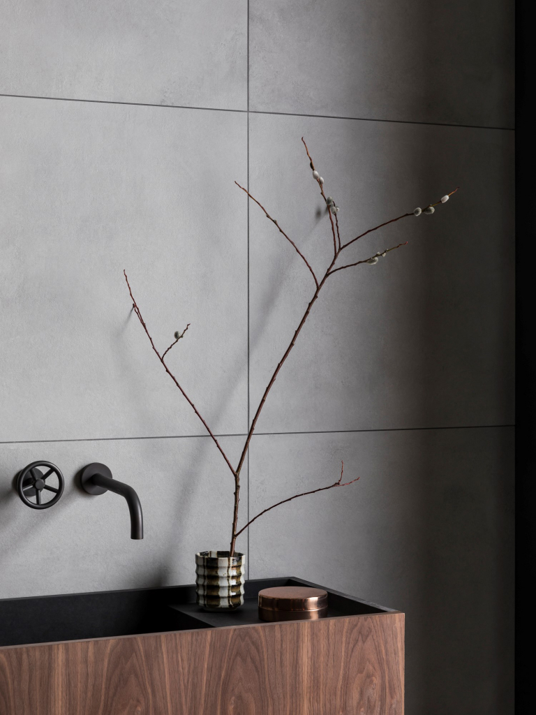 00285PL_BRO07_Brooklyn_Wall_Mounted_Basin_Tap_in_Oil_Rubbed_Bronze