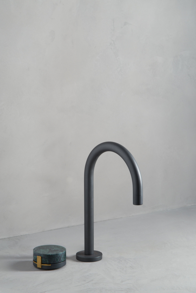 00487PL_ELE02_Elements_Deck_Mounted_Basin_Tap_in_Oil_Rubbed_Bronze
