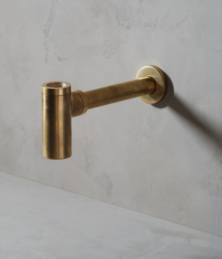 00535PL_ANC05_Ancillaries_Wall_Mounted_Basin_Item_in_Aged_Brass