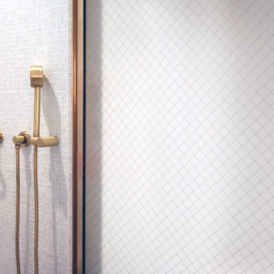BRO54_Brooklyn_Wall_Mounted_Shower_Mixer_in_Brushed_Brass_00220L