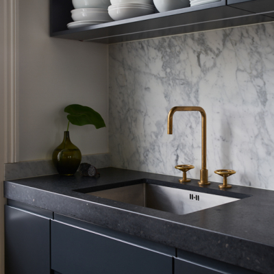 BRO72_Brooklyn_Deck_Mounted_Kitchen_Tap_in_Aged_Brass_00209L
